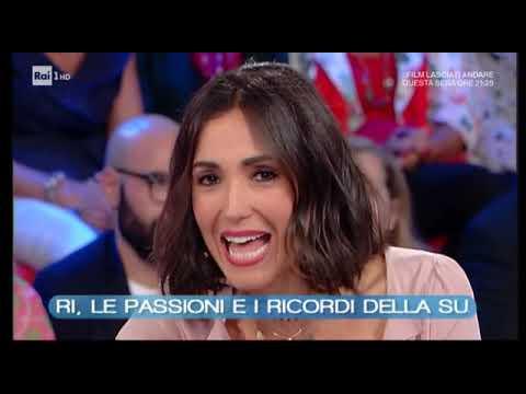 Caterina Balivo racconta Vittorio Sgarbi a