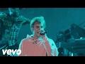 Justin Bieber - Let Me Love You (Fontainebleau Performance)
