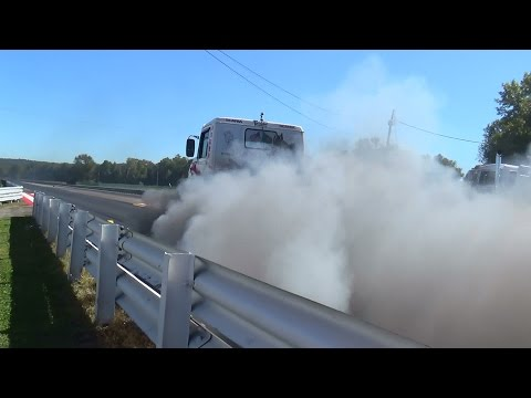 In your face big rig burnout island dragway 9-27-14