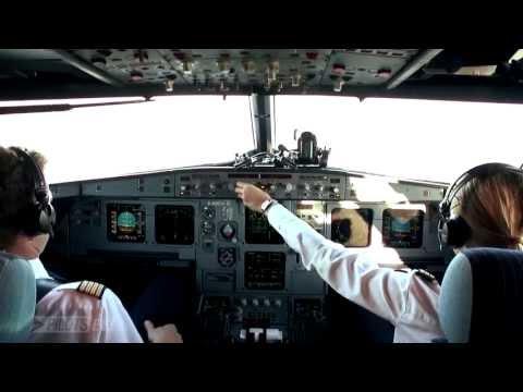 HD Cockpit Condor Airbus A320 landing