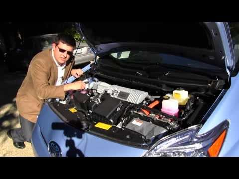 2012 Toyota Prius Plug-In Hybrid Review