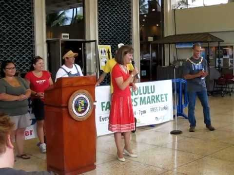 Eat Local Challenge 2011: Dee Jay Mailer steps up for Ag in the City
