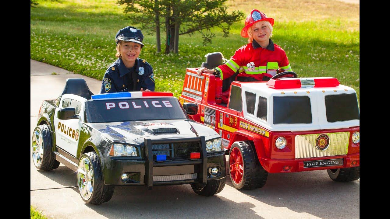 Power Wheels Race Policeman Vs Fireman Youtube