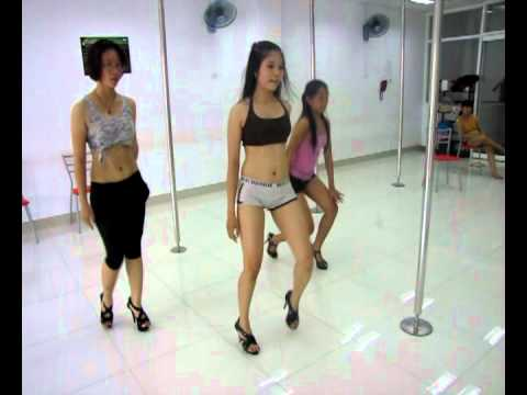 Nhay Hien Dai http://songspk.co/mp3/Criminal-Dance.html