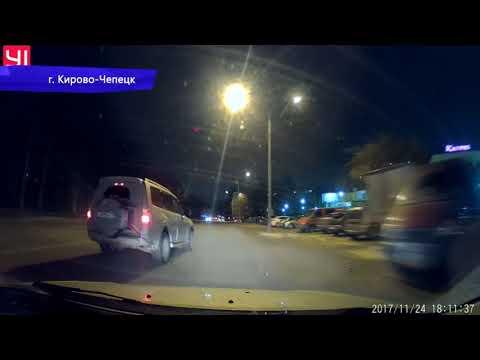 Видеорегистратор. Чуть не ДТП на ул. Производственной. Место происшествия 05.12.2017