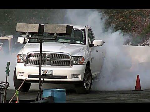 DRAG RACING: 2012 HEMI DODGE RAM 1500