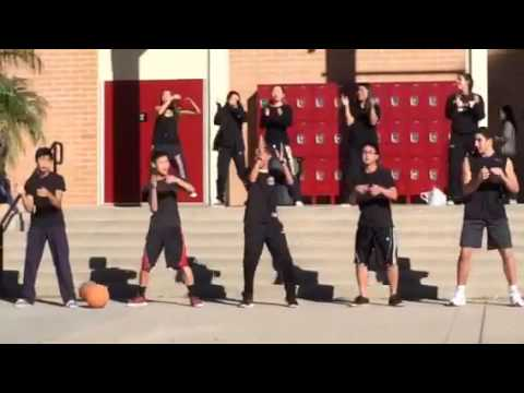 Spanish 2 Honors Song - Sra Donnelly's Class baloncesto