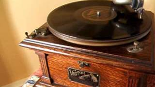 They Gotta quit Kickin my Dawg Around - The Missouri Dawg Song - 1912 Victor First Prize Record