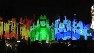 It's a Small World Holiday Christmas Projection Show - Disneyland