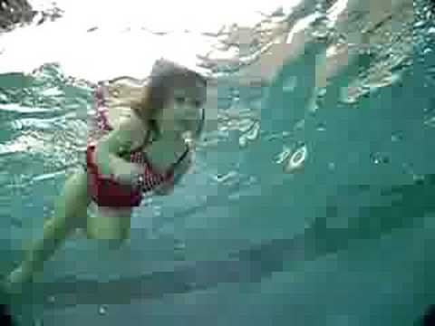 Lexi Bella - Underwater Video