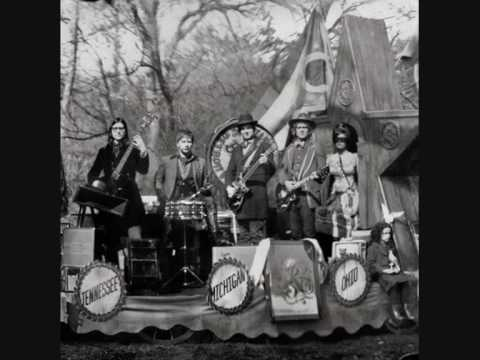 The Raconteurs - Pull This Blanket Off