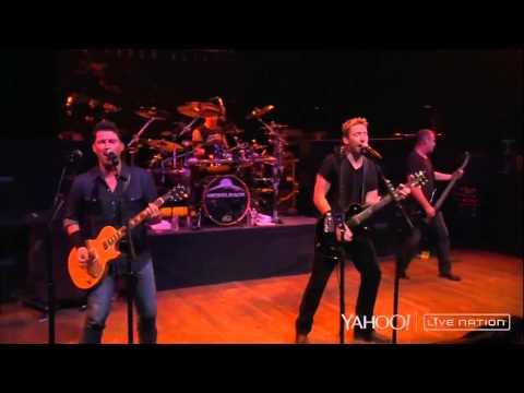 Nickelback - Gotta Be Somebody ( Live Nation )