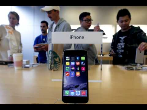 Record iPhone sales lead to blowout quarter for Apple