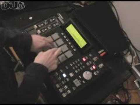 MPC 2500 vs SCRATCHING