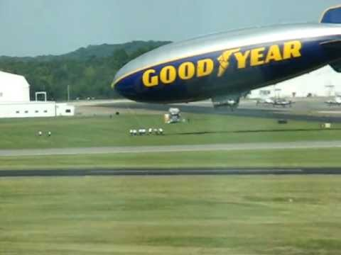 Goodyear Blimp (GZ-20) Landing in Smyrna, TN (KMQY)