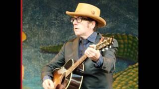 Watch Elvis Costello Spooky Girlfriend video