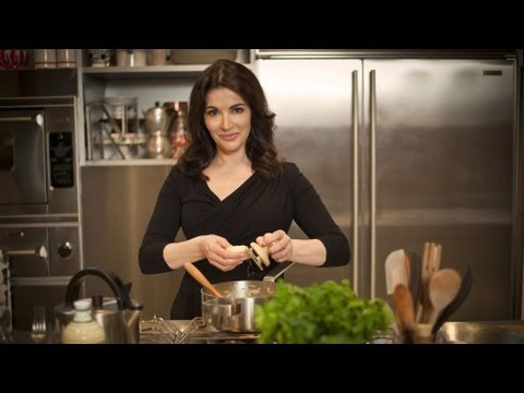 Nigella brings the spirit of Italian cooking home - Nigellissima Launch Trailer - BBC Two