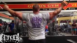 Jay Cutler training his back and bis in The Mecca Golds Gym Venice 1