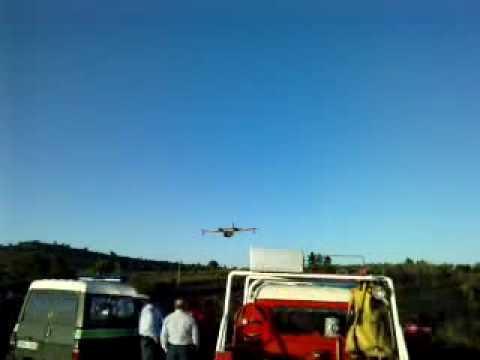 Descarga de água, CANADAIR, Vale de Afonsinho. Bombeiros Foz Côa, ECIN de Outubro 2009