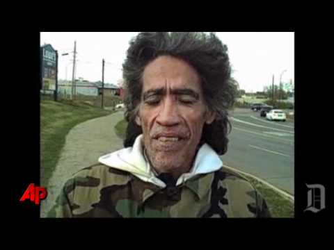 Raw Video: Homeless Mans Voice Gets Natl Buzz