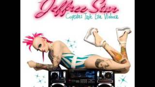 Watch Jeffree Star Cupcakes Taste Like Violence video