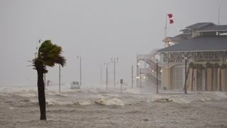 Hurricane Isaac - Into the EYE !! on the Gulf Coast - August 2012