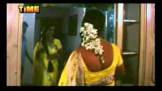 Download shiny yellow sexy synthetic saree fetish. masala hot cheating housewife 3Gp Mp4