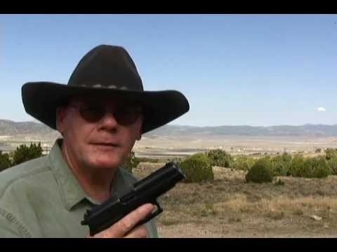 Why the Navy SEALS use the Sig Sauer P226 Pistol.