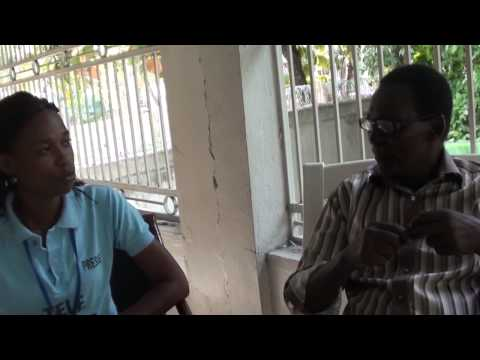 Alcibiade le grand comédien haïtien nous invite chez lui a Carrefour