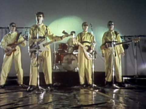 Devo - I Cant Get No Satisfaction