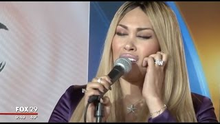 Keke Wyatt does interview and performs Sexy Song live on FOX29