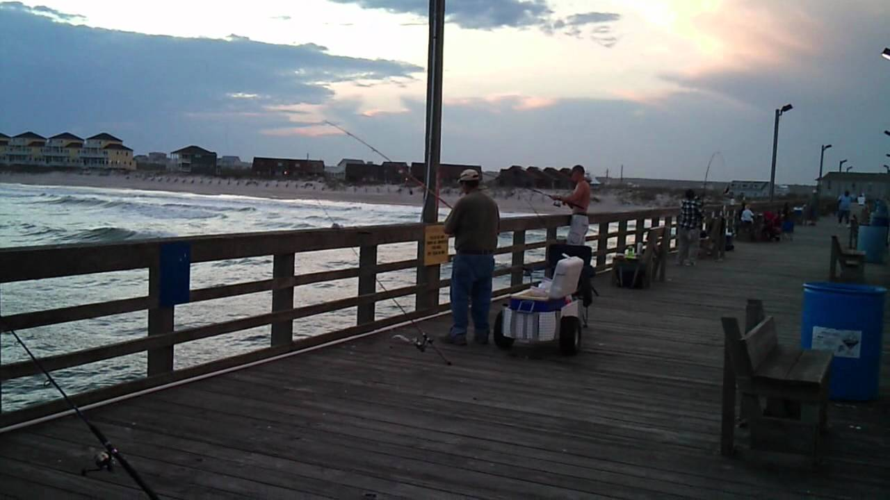 Seaview pier sea mullet fishing 3 21 2012 north for Topsail fishing pier