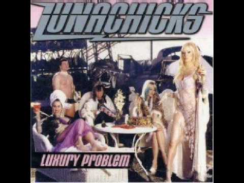Lunachicks - Knuckle Sandwich