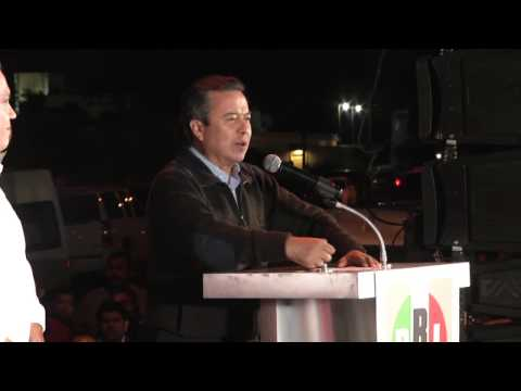 Dr. César Camacho, Mensaje registro precandidato a gobernador B.C.S, La Paz, 23-01-14