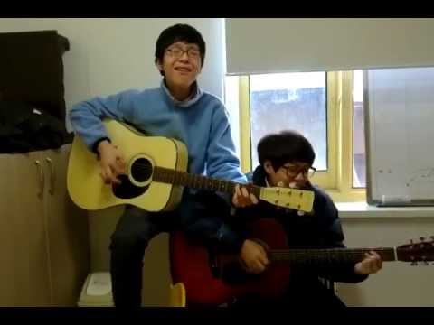Korean teen-ager amateur guitar performance '나비야''Nabiya'