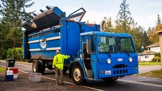 Crane Carrier Co. LET - Dempster Recycle One Recycling Truck