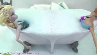 Công Chúa Tuyết Elsa Và Anna Tắm BOM SỦI BỌT / Tìm Đồ Chơi Bất Ngờ Trong Bath Boms