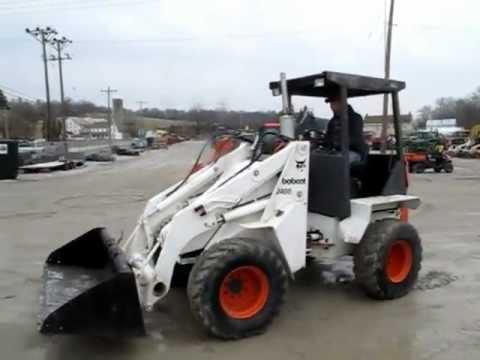 Bobcat 2400 Articulating Wheel Loader Youtube
