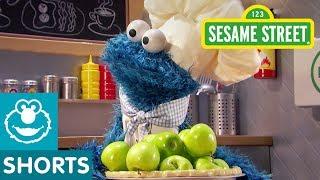 Sesame Street: Thanksgiving Apple Pie | Cookie Monster's Foodie Truck