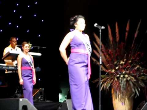 Miss Samoa NZ 2011, Contestants opening siva & Introductions.