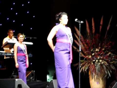Miss Samoa NZ 2011, Contestants opening siva & Introductions.