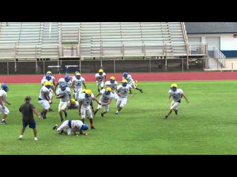 2013 Port Isabel (TX) Intra-Squad scrimmage - nice downfield hit by Miguel Ramirez