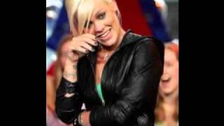 Watch Pink To Love Me Now video