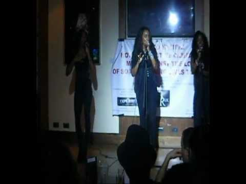 INSITE TV - D LUX PERFORMING LIVE!!!!!