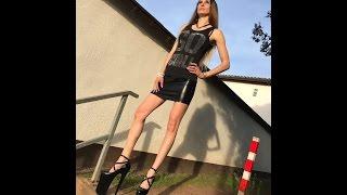 Lara in 10 inch platform pumps climb stairs 25 cm Plateau Pumps beim Treppensteigen Lauftest