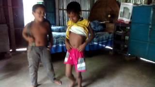 দেখুন ছোটদের পাগলামি নাচ(Bangla New Funny Video with Childrens Dance