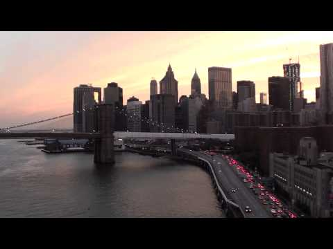 Stunning Video Shots over New York City, USA @ Sunset Brooklyn Bridge.