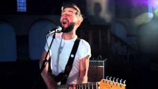 CHARLIE BARNES - Sing To God