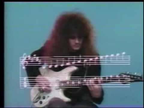 Vinnie Moore(Great lesson on Modes)-part 2/3
