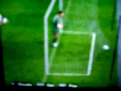 Fantastico gol di Ozil nella Germania.AVI